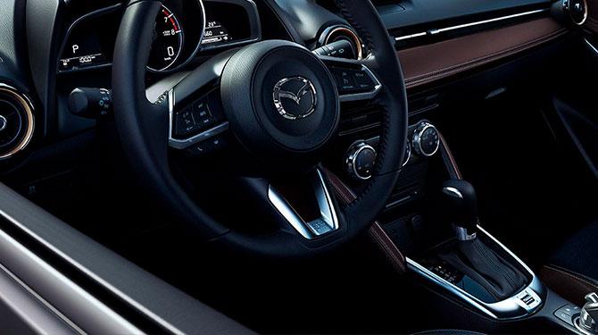 volante Mazda 2 sport