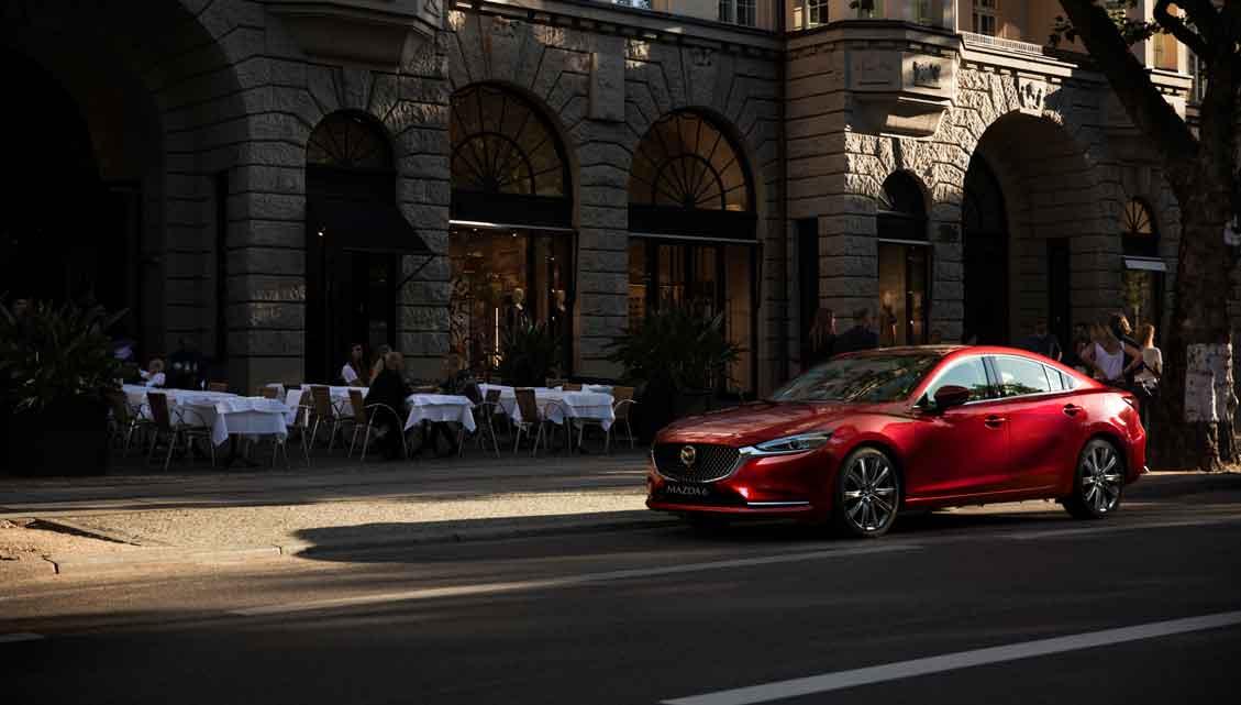 Carro Mazda 6